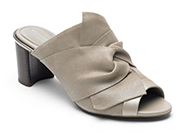 TOTAL MOTION AUTUMN BOW SLIP-ON